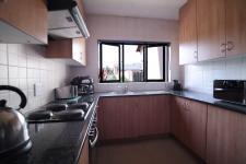 Kitchen - 9 square meters of property in Willow Acres Estate