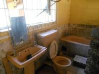 Main Bathroom - 7 square meters of property in Benoni