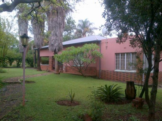 5 Bedroom House for Sale For Sale in Zeerust - Private Sale - MR125162