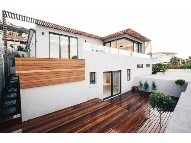 5 Bedroom House for Sale For Sale in Green Point - Private Sale - MR125163