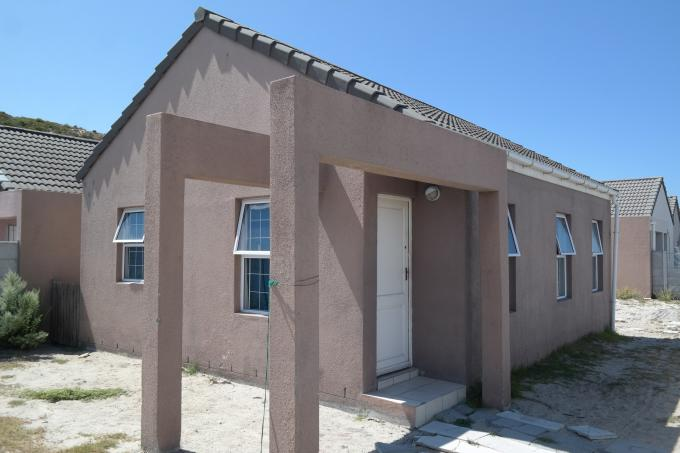 3 Bedroom House for Sale For Sale in Mitchells Plain - Private Sale - MR125182