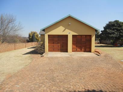 Standard Bank Repossessed 3 Bedroom House For Sale in Germiston - MR12519