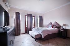Main Bedroom - 31 square meters of property in Moreletapark