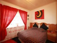 Bed Room 1 of property in Claremont - JHB