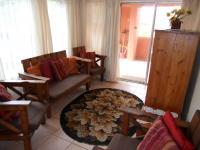 Lounges - 14 square meters of property in Scottburgh