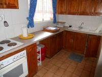 Kitchen - 6 square meters of property in Scottburgh
