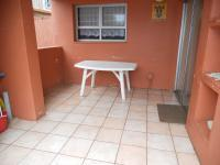 Spaces - 33 square meters of property in Scottburgh