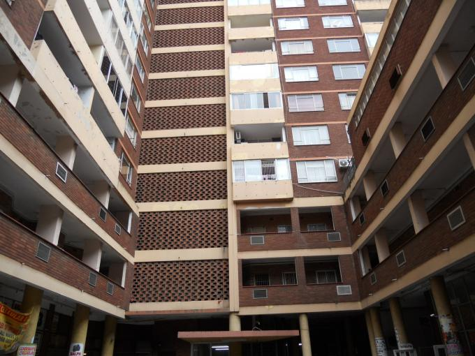 2 Bedroom House for Sale For Sale in Durban Central - Private Sale - MR125302