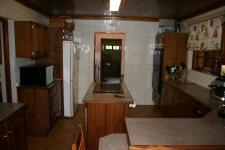 Kitchen - 40 square meters of property in Raslouw
