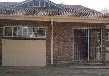 Front View of property in Potchefstroom