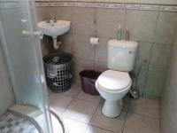 Main Bathroom - 16 square meters of property in Vanderbijlpark
