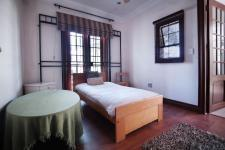 Bed Room 1 - 9 square meters of property in The Meadows Estate