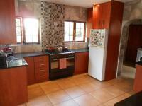 Kitchen - 22 square meters of property in Greenstone Hill