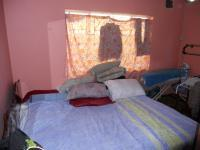 Bed Room 1 - 13 square meters of property in Drummond