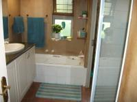 Main Bathroom - 3 square meters of property in Wapadrand
