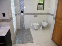 Main Bathroom - 12 square meters of property in Umhlanga