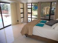 Main Bedroom - 35 square meters of property in Umhlanga