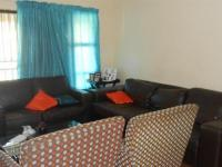 Lounges - 19 square meters of property in Rensburg