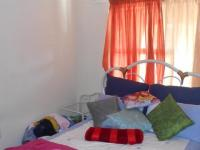Bed Room 1 - 11 square meters of property in Rensburg