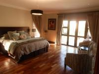 Main Bedroom - 45 square meters of property in Montana Tuine