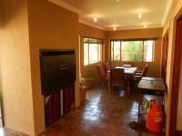 Patio - 118 square meters of property in Hartbeespoort