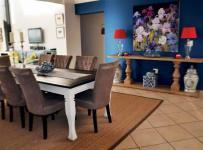 Dining Room - 31 square meters of property in Vaalmarina