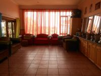 Lounges - 40 square meters of property in Emalahleni (Witbank)
