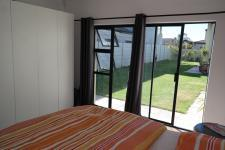 Main Bedroom - 18 square meters of property in Parklands