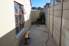 Spaces - 12 square meters of property in Weltevreden Valley