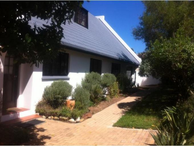 4 Bedroom House For Sale in Plettenberg Bay - Home Sell - MR125738