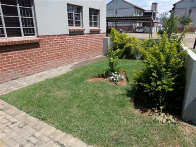 Standard Bank EasySell 3 Bedroom Apartment for Sale in Waterval East - MR125765