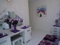 Main Bedroom - 22 square meters of property in Villieria