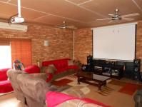 Entertainment - 78 square meters of property in Safarituine