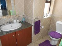 Bathroom 1 - 4 square meters of property in Boksburg