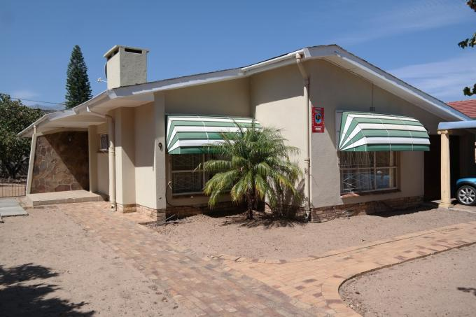 Standard Bank EasySell 3 Bedroom House for Sale For Sale in Paarl - MR125809