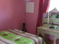 Bed Room 2 - 14 square meters of property in Lenasia South