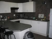 Kitchen - 13 square meters of property in Vaalmarina