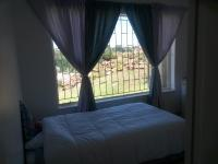 Bed Room 1 - 8 square meters of property in Krugersdorp