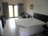 Main Bedroom - 16 square meters of property in Port Edward