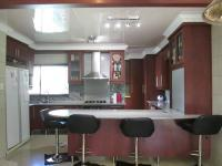 Kitchen - 26 square meters of property in Three Rivers