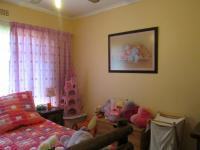 Bed Room 1 - 25 square meters of property in Three Rivers