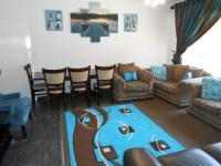 Lounges - 24 square meters of property in Dalpark