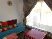 Bed Room 1 - 10 square meters of property in Dalpark