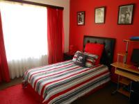 Bed Room 3 - 11 square meters of property in Dalpark