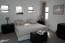 Main Bedroom - 17 square meters of property in Parklands