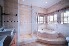 Main Bathroom - 12 square meters of property in The Meadows Estate