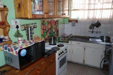 Kitchen - 12 square meters of property in Parow Central