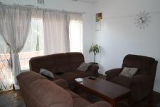 Lounges - 22 square meters of property in Parow Central