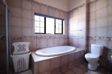 Main Bathroom of property in Cormallen Hill Estate