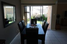 Dining Room - 11 square meters of property in Durbanville